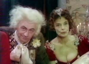 Image extraite du film Le système du docteur Goudron et du Professeur Plume, de Claude Chabrol (1980).